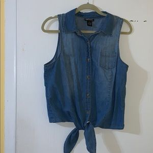 Tops - Chambray sleeveless tie button up